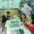Tous les vendredis de 13h à 16h, plusieurs animateurs interviennent dans les écoles afin d'initier les jeunes élèves aux échecs. A la Ligne des Bambous: Daniel DZIURDZIA intervient dans une […]